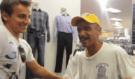 Krásný skutek! Muž udělal bezdomovci luxusní den, na který nikdy nezapomene