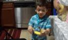 Malý chlapec dostal jako dárek banán, jeho neuvěřitelná reakce vás dostane…