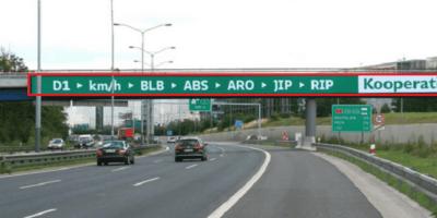 """""""To stihnu!"""": 51 brutálních textů po D1, které řidiče mají udržet při životě, podívejte..."""
