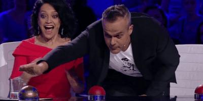 Jaro Slávik zmáčkl v letošním Talentu svůj Zlatý bzučák! Při tomto vystoupení porota doslova lapala po dechu