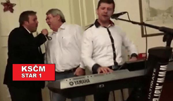 """""""Jó, za Komunistů bývavalo líp!"""", dokazuje tato nahrávka z Vánoční pařby KSČM"""